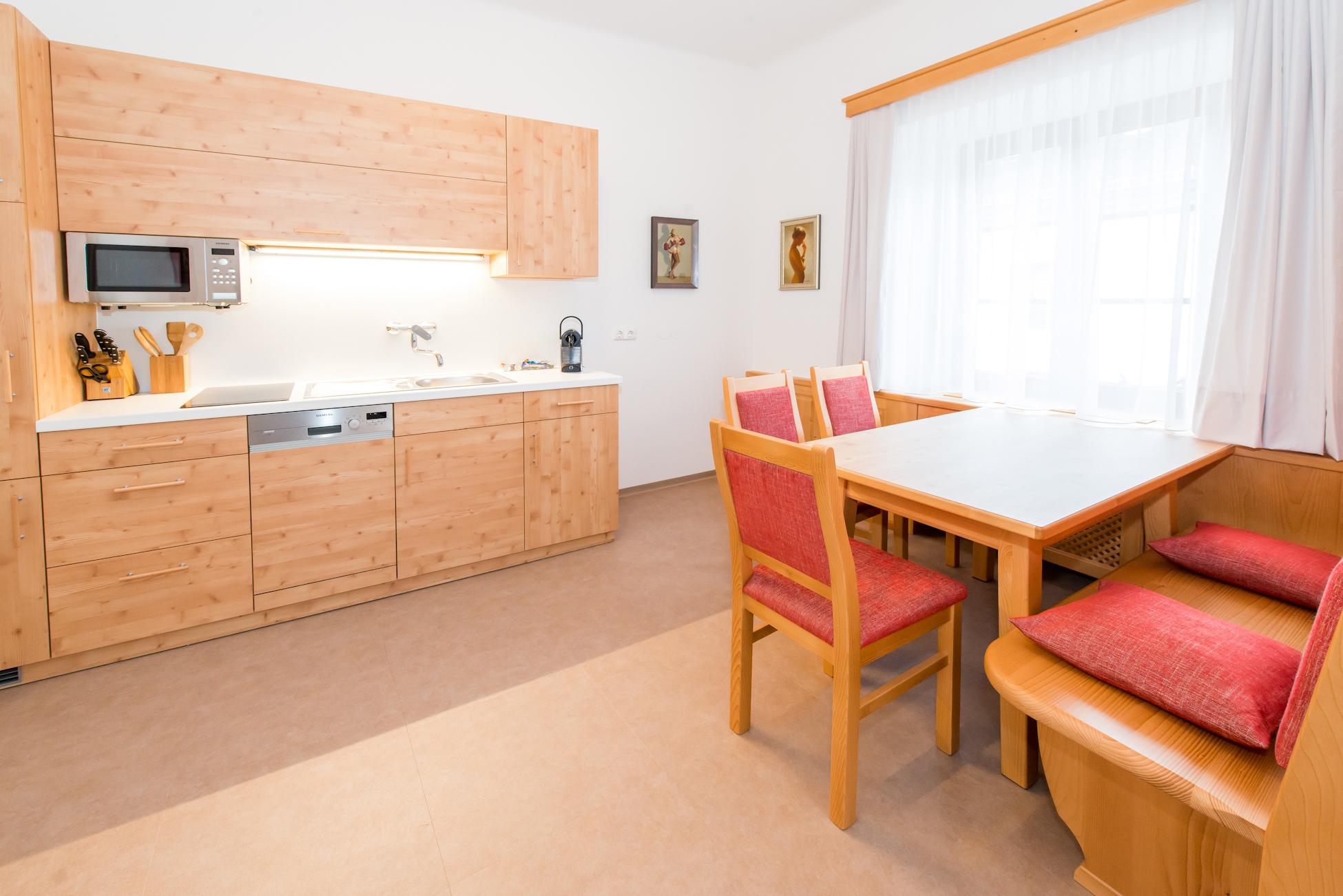 Küche von Wohnung 4, ferienwohnungen-ybbsitz.at
